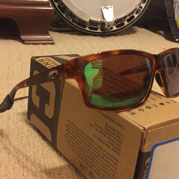 b6898343e4ee Costa Del Mar Other - Costa Del Mar Cut   580p Tortoise w  green lenses